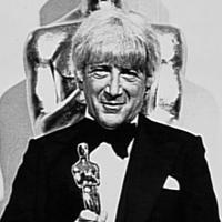 Jerry Goldsmith with Oscar for 'The Omen'