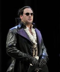Lucas Meachem, plays Don Giovanni in San Francisco Opera's production