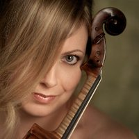 Helen Callus, viola