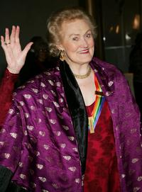 Honoree Joan Sutherland arrives at the 27th Annual Kennedy Center Honors Gala at The Kennedy Center for the Performing Arts December 5, 2004 in Washington, DC.