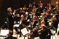 Peter Oundjian conducts the Toronto Symphony Orchestra