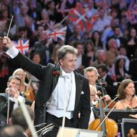 Edward Gardner conducts the BBC Symphony Orchestra at the Last Night of the Proms