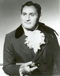 Richard Tucker as Hoffmann in 'Tales of Hoffmann'