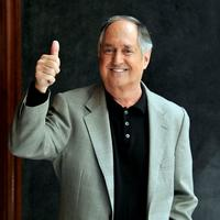 Neil Sedaka at London's Palladium Theatre