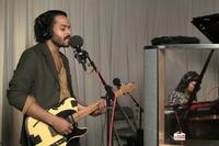 Twin Shadow live on Soundcheck