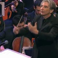 Michael Tilson Thomas conducts the YouTube Symphony