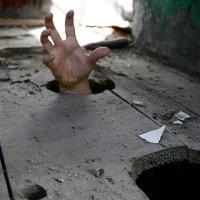Zombie hand!