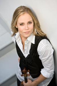 Violinist Leila Josefowicz.