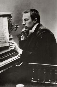 Rachmaninoff at the piano, in the early 1900s