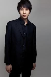 Pianist Steven Lin.