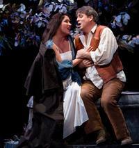 Anna Netrebko and Matthew Polenzani as Norina and Ernesto in Donizetti's <em>Don Pasquale</em>