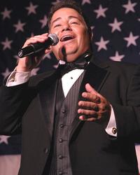 Tenor Daniel Rodriguez sings 'God Bless America'