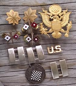 Isaac Brimberg's U.S. Signal Corps medallions, insignia and Army Major bars.