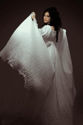 Cameron hay daniel moskos wedding dress