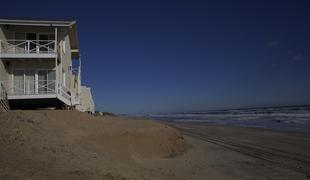 Some erosion is visible in back of the Royal Atlantic in Montauk right on the beach. coastcheck