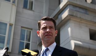 Former Deputy Executive Director at the Port Authority of New York and New Jersey Bill Baroni speaking outside Newark Federal Court following his arraignment.