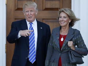 Betsy_DeVos_Donald_Trump
