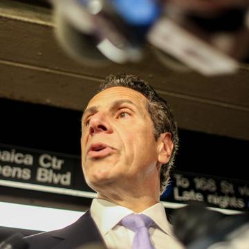Governor Andrew Cuomo reassures New Yorkers there are no credible threats against New York, after Iraq's prime minister said he learned of a plot against New York and Europe.