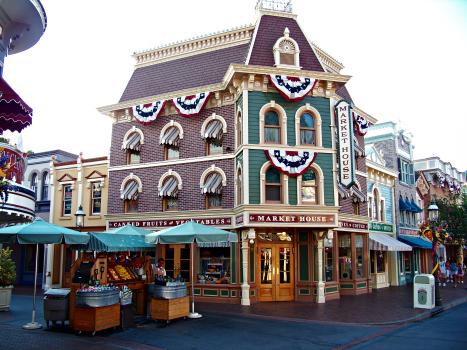 Disney Disneyland Main Street USA American Icons Studio 360