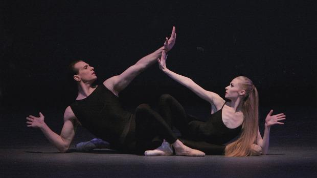 Janie Taylor and Sebastien Marcovici in <em>Purple</em> from Ecstatic Orange, choreographed by Peter Martins