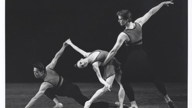 Edwaard Liang (left), Jennie Somogyi (center) and Peter Hansen (right) in Urban Dances, choreographed by Miriam Mahdaviani