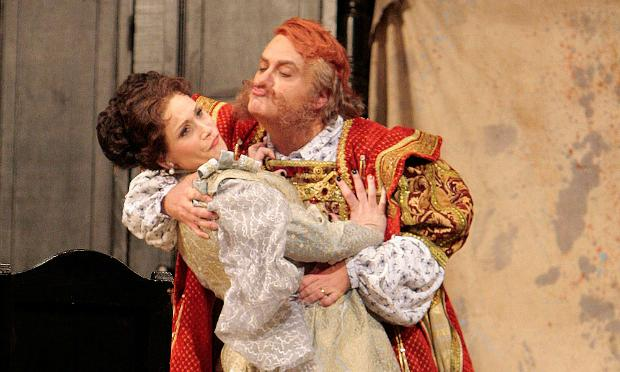 Roberto Frontali in the tile role of 'Falstaff' with Carmen Giannattasio as Alice