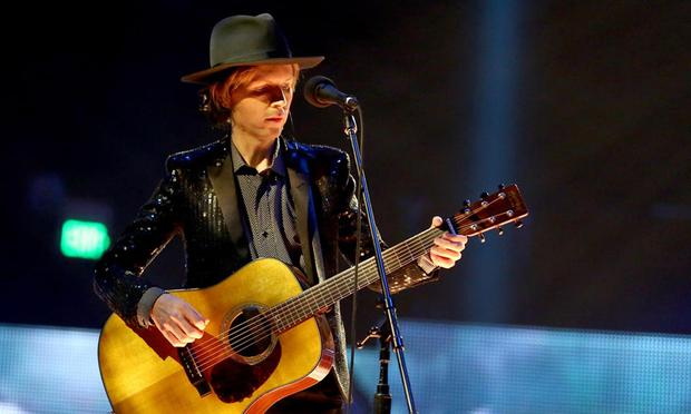 Beck's soaring rendition of 'Sound And Vision' includes full orchestra, a gospel choir, an Alphorn and even a yodeler.