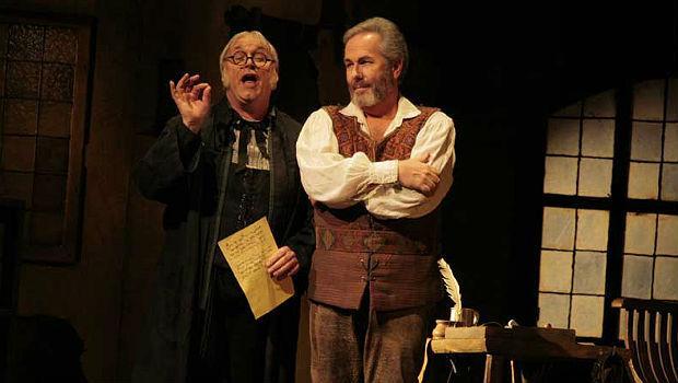 Hans-Joachim Ketelson as Beckmesser and James Morris as Hans Sachs in 'Die Meistersinger von Nurnberg'