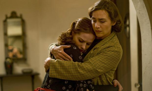 Kate Winslet and Evan Rachel Wood from HBO's production of 'Mildred Pierce.'
