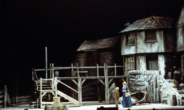 Heather Harper and Steven Cohen in Britten's 'Peter Grimes'