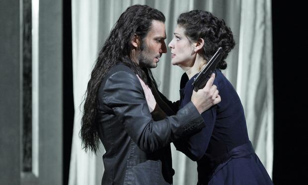 Anja Harteros as Leonora and Jonas Kaufmann as Don Alvaro in <em>Forza del Destino</em>.