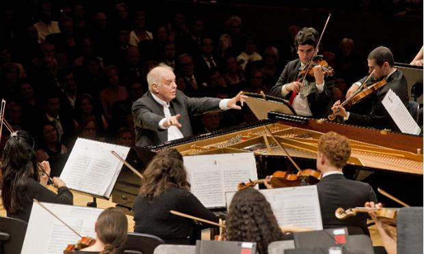 Daniel Barenboim conducts the West-Eastern Divan Orcherstra