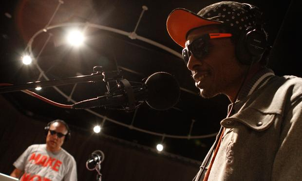 Del The Funky Homosapien and Dan 'The Automator' Nakamura playing as Deltron 3030 in the Soundcheck studio.