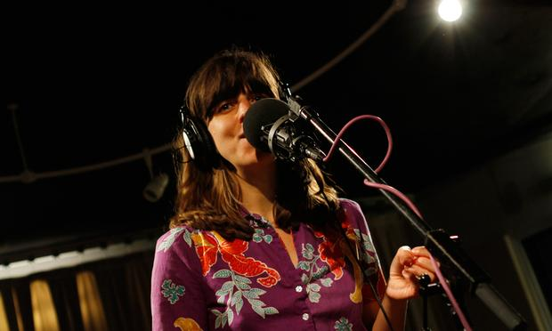 Eleanor Friedberger performs in the Soundcheck studio.