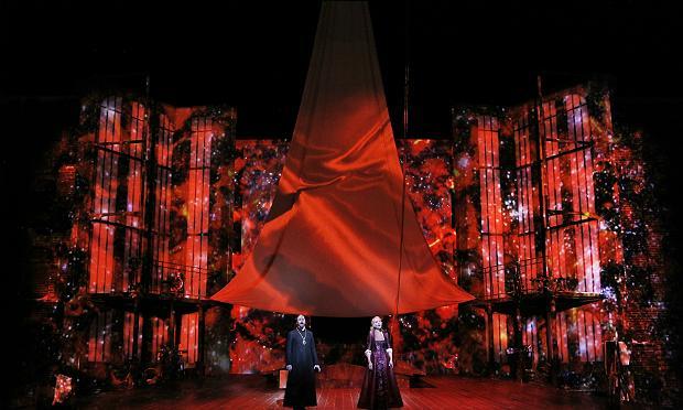 Greer Grimsley, left, sings The Dutchman and Lise Lindstrom sings Senta in San Francisco Opera's 'The Flying Dutchman'