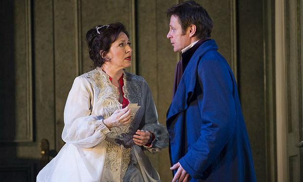 Simon Keenlyside as Onegin and Krassimira Stoyanova as Tatyana in Onegin