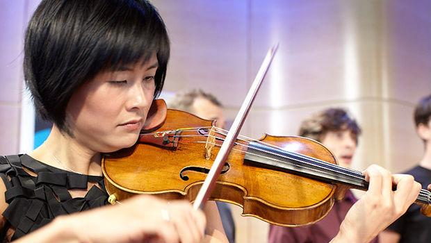 Jennifer Koh performs in The Greene Space at WQXR