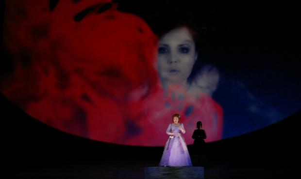 Albina Shagimuratova as Lucia (with D'Ana Lombard as Alisa, in the shadows)
