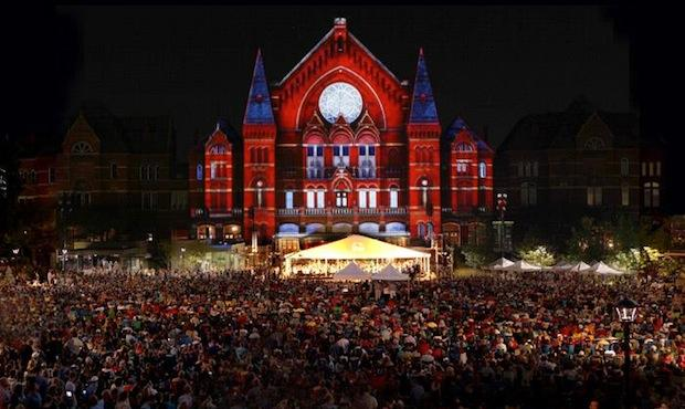 The Cincinnati Symphony's 'LumenoCity' project