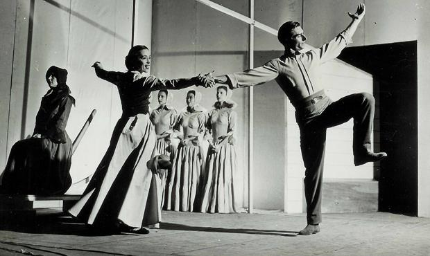 Martha Graham and Erich Hawkins in the premiere of Appalachian Spring, 1944