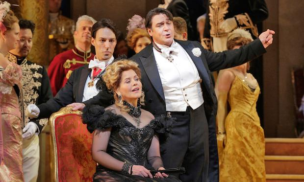 Renée Fleming as Hanna and Nathan Gunn as Danilo in Lehár's 'The Merry Widow.'