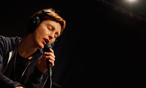 Polica performs in the Soundcheck studio.