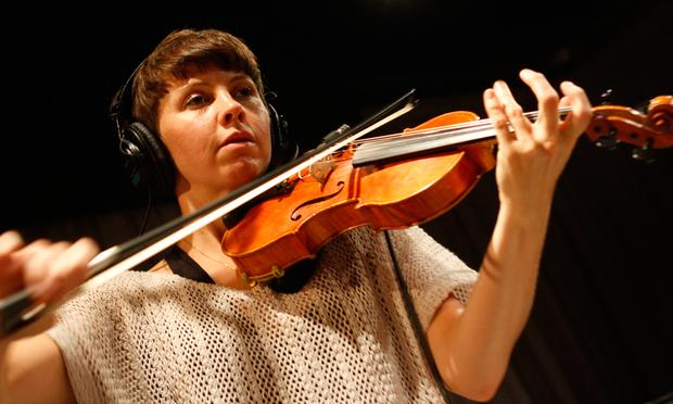 Sarah Neufeld performs in the Soundcheck studio.