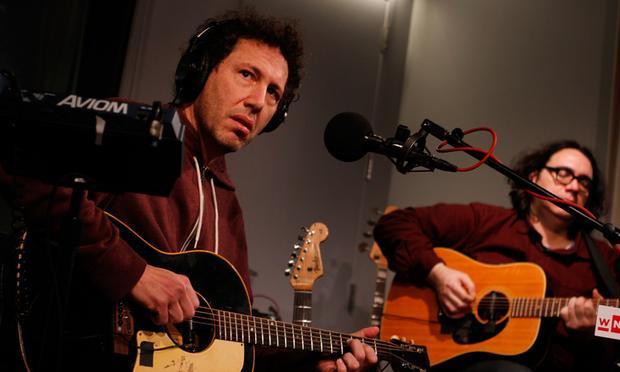 Yo La Tengo performs in the Soundcheck studio.