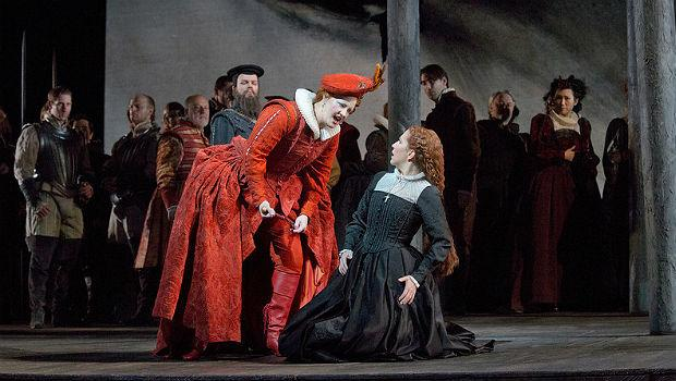 Elza van den Heever as Elisabetta and Joyce DiDonato as the title character in Donizetti's 'Maria Stuarda'