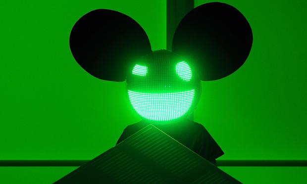 For critics Maura Johnson and Chris Weingarten, the Grammy Awards performance by EDM musician Deadmau5, Foo Fighters and Chris Brown was a low point for concert moments in 2012.