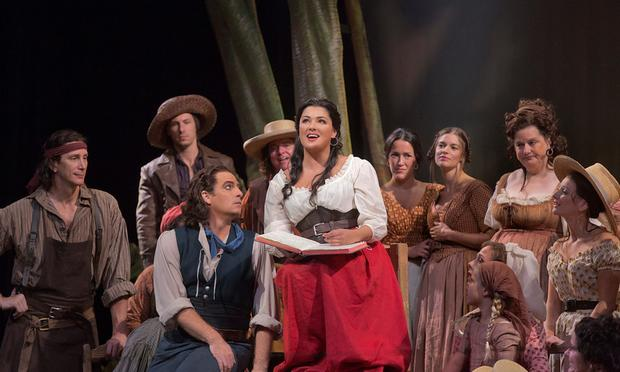 Matthew Polenzani as Nemorino and Anna Netrebko as Adina in Donizetti's 'L'Elisir d'Amore'