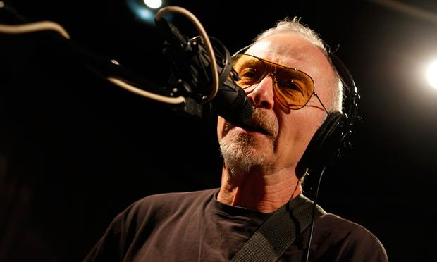 Graham Parker and the Rumour perform in the Soundcheck studio.