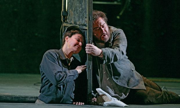 Karita Mattila as Leonore and Richard Margison as Florestan in 'Fidelio'