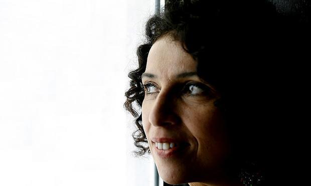 Brazilian vocalist Paula Morelembaum